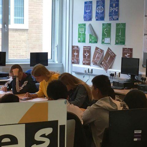 El 90% de los alumnos de Foovy superan las pruebas de Cambridge, Trinity y British Council