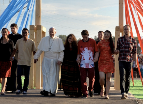 El Papa convoca a los Obispos para hablar de los jóvenes