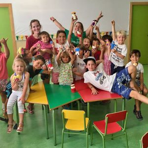 Unos 200 escolares de Fundación continúan su aprendizaje de inglés en verano