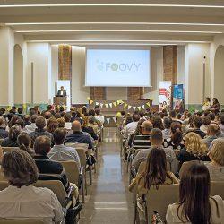 200 familias participan en la entrega de certificados oficiales de inglés de Foovy